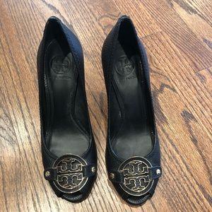 Tory Burch Selma Black Wedge Heels Sz 8